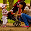 Wózek głęboki, spacerówka, wózek wielofunkcyjny. Czym kierować się kiedy wybieramy wózek dla dziecka